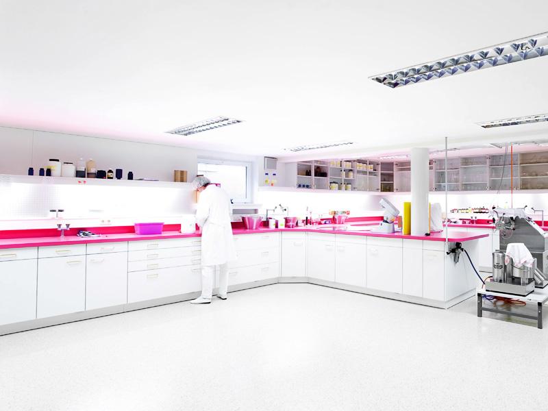 Promieniowanie mikrofalowe w laboratorium